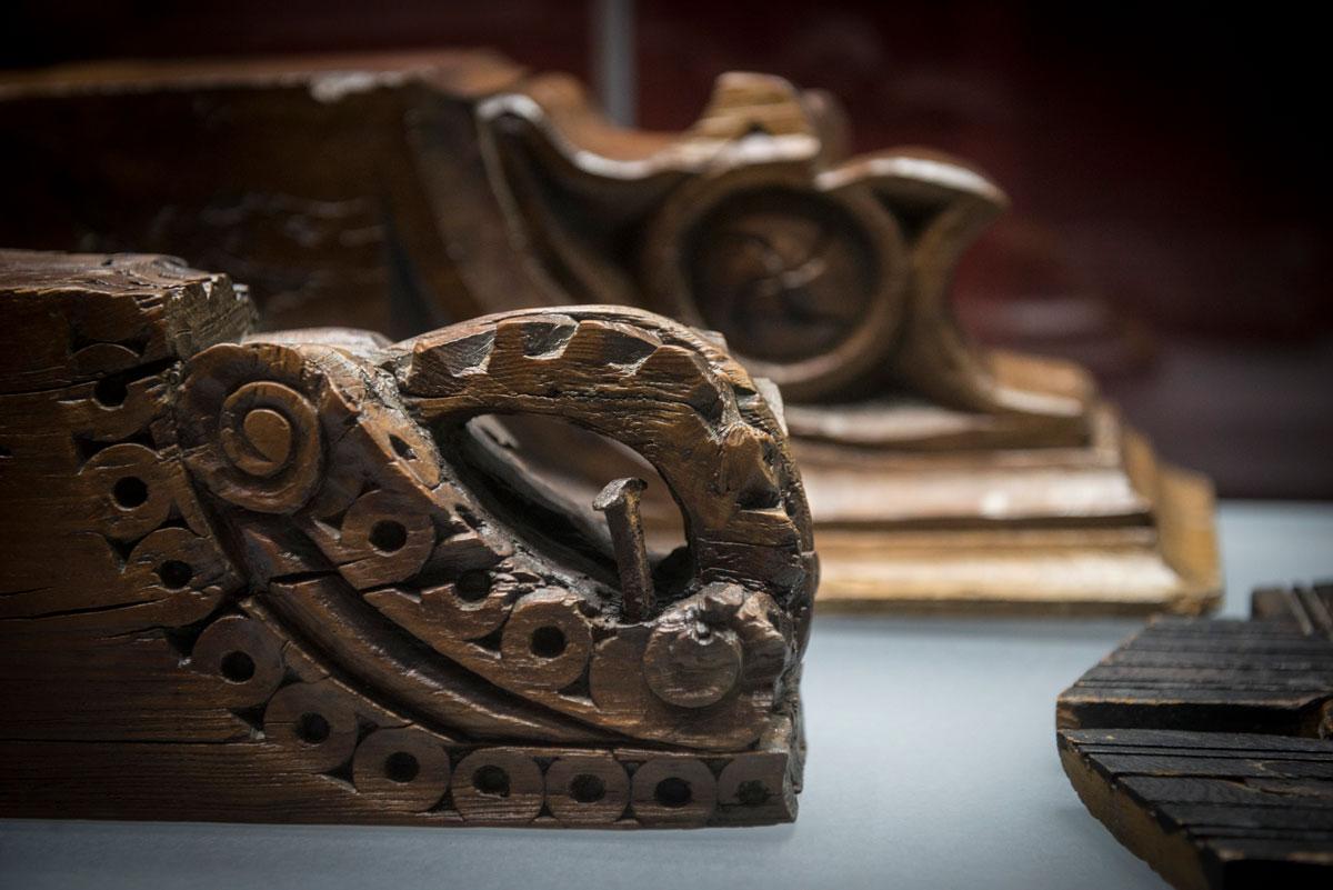 Wooden corbel and Moorish beam. Photo: JM. Grimaldi