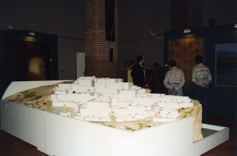 Maqueta del poblado de Siyâsa (Cieza, Murcia) en la Exposición El legado andalusí en Vélez-Málaga.