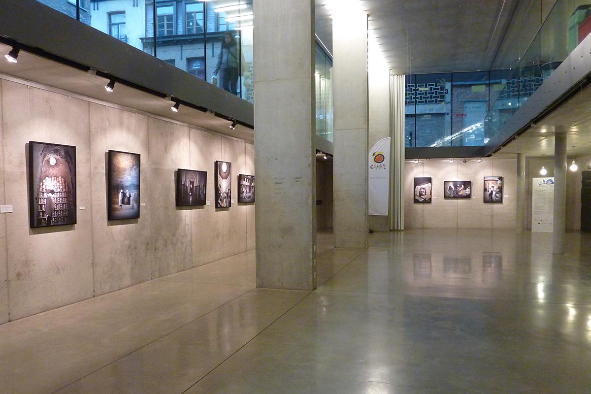 "Exhibition ""El alma deSgranada. Designcenter Hall in Winkelhaak, Antwerp (Belgium)"