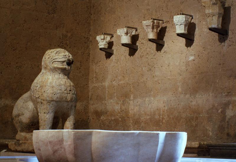 Surtidor, León del Maristán de Granada, fundado por Muhammad V, 1365-1367. Alhambra.