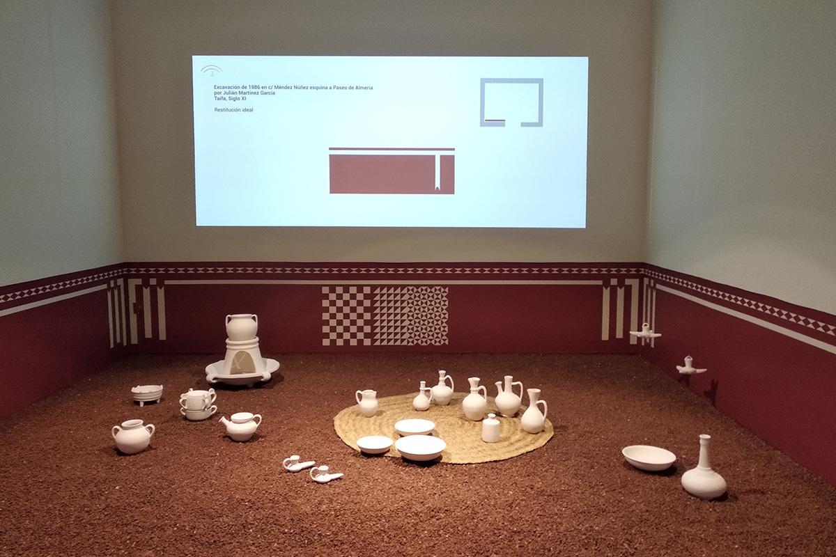 Recreación de espacio doméstico en la Exposición Arte y usos culinarios en al-Andalus.