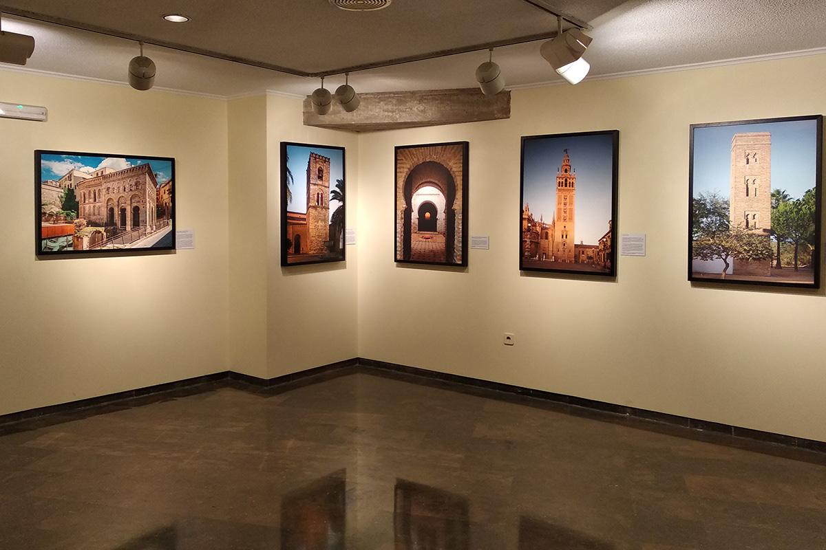 De derecha a izquierda: Bollullos de la Mitación, Sevilla, Jerez de la Frontera, Niebla, Toledo. Espacio en el Centro Cultural de la Fundación CAM, Orihuela. Alicante.