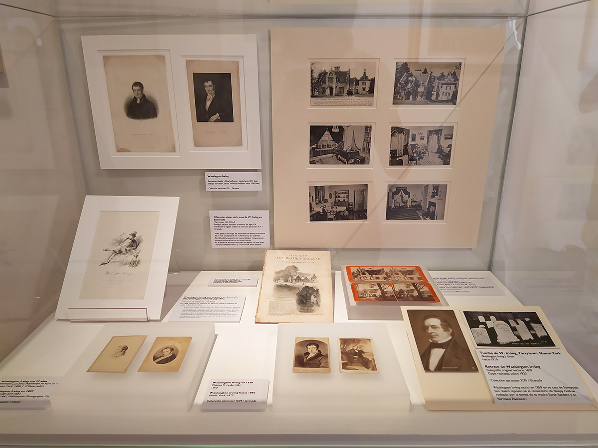 Showcase containing different objects on Washington Irving (including some portraits and ancient views and images of his home in Sunny Side. Tarrytown, New York)