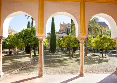 Patio de los Naranjos. Mezquita-Catedral de Córdoba. ©Plataforma de Material Audiovisual de Turismo y Deporte de Andalucía.