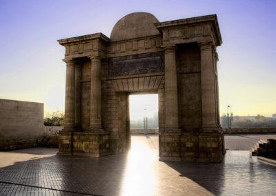 Puerta del Puente. Córdoba. ©Plataforma de Material Audiovisual de Turismo y Deporte de Andalucía.